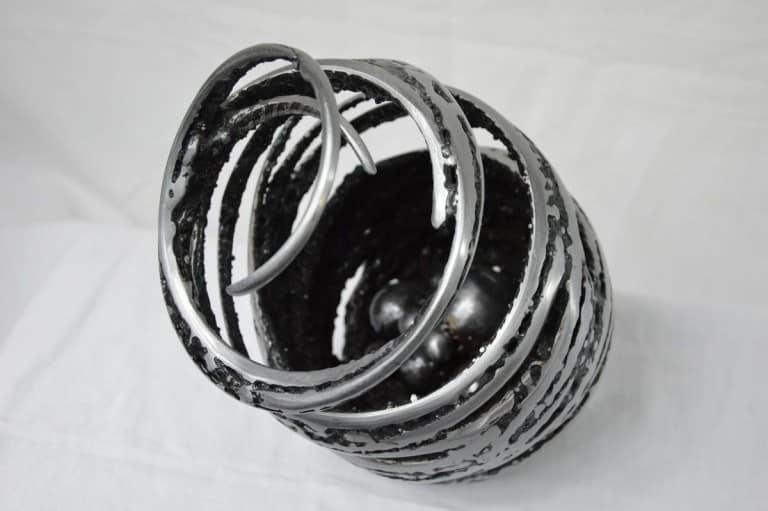 Cocoon par Serge Guarnieri - Sculpture Métal Fusionné
