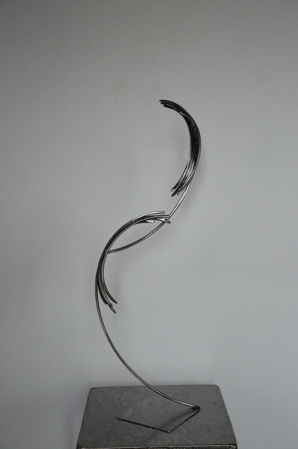 Feather 7 par Serge Guarnieri - Sculpture Métal Fusionné